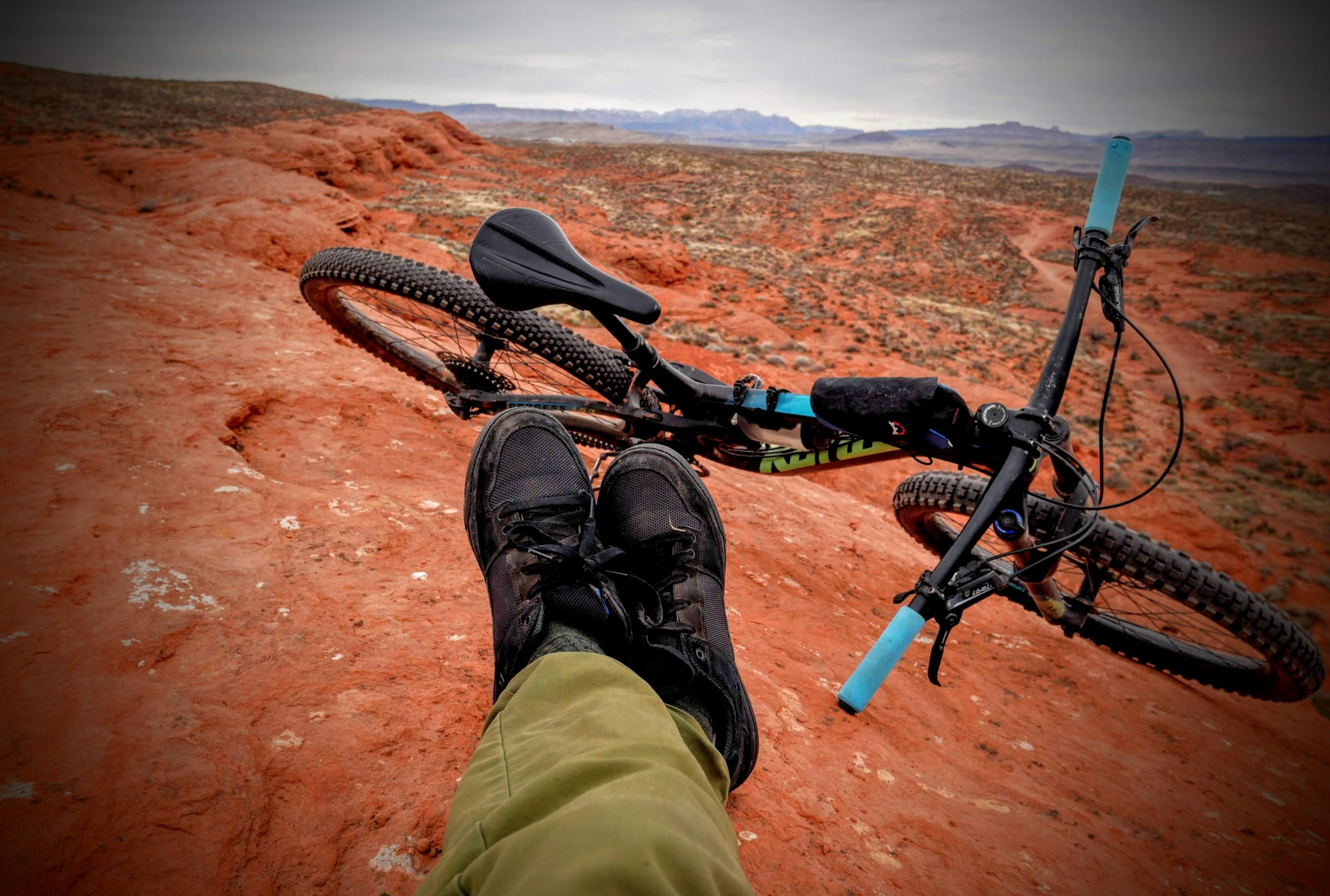 Managing Risk: No Full Face, No Knee Pads, In The Backcountry
