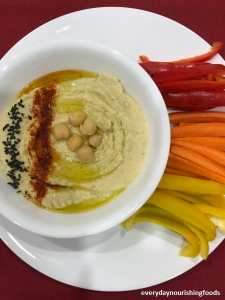 Hummus with vegetables, easy homemade recipe