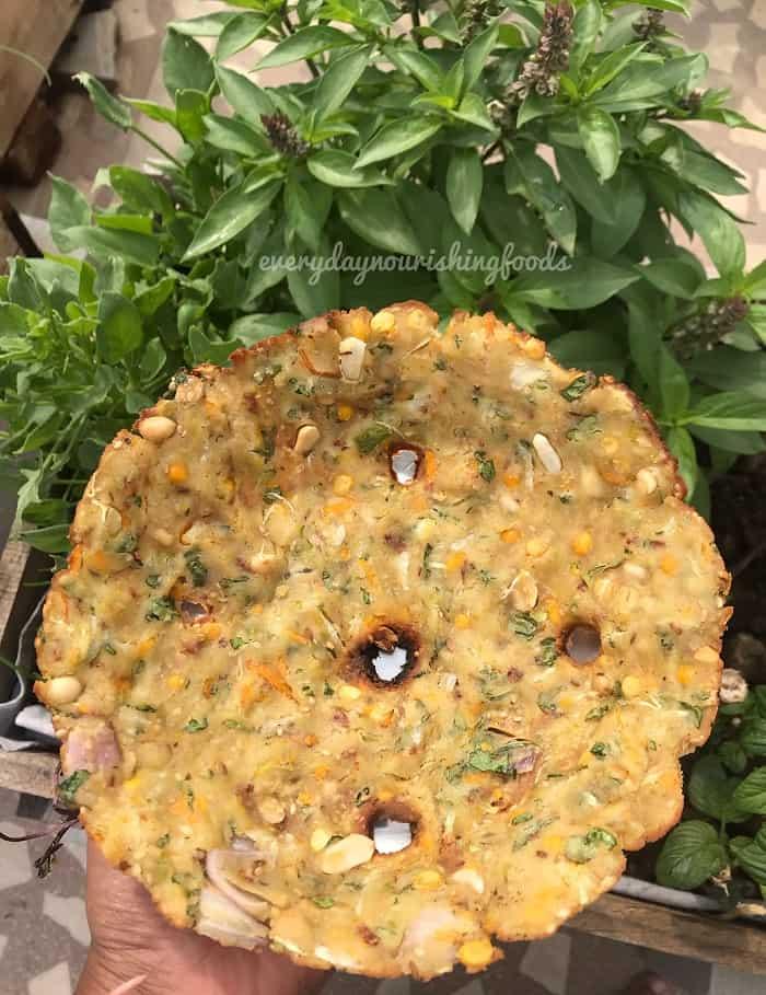 Sarvapindi - akki roti recipe
