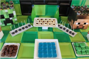 Everyday Party Magazine Minecraft Dessert Table