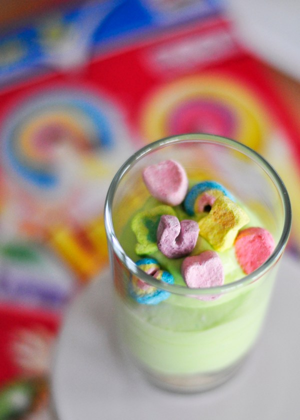 Everyday Party Magazine DIY Modern Holiday Lucky Charms Mini Cheesecakes