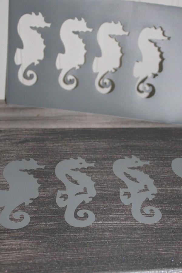 Seahorse Canvas DIY on Everyday Party Magazine