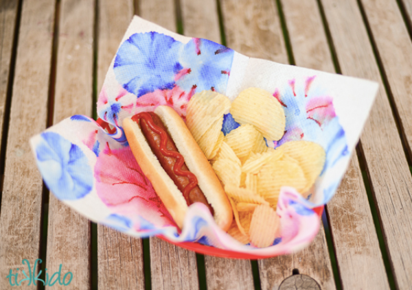 Simple 4th of July DIY's on Everyday Party Magazine Tikkido Tie Dye Napkin DIY