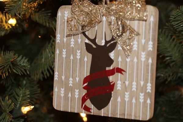 Everyday Party Magazine Secret Santa Deer Love