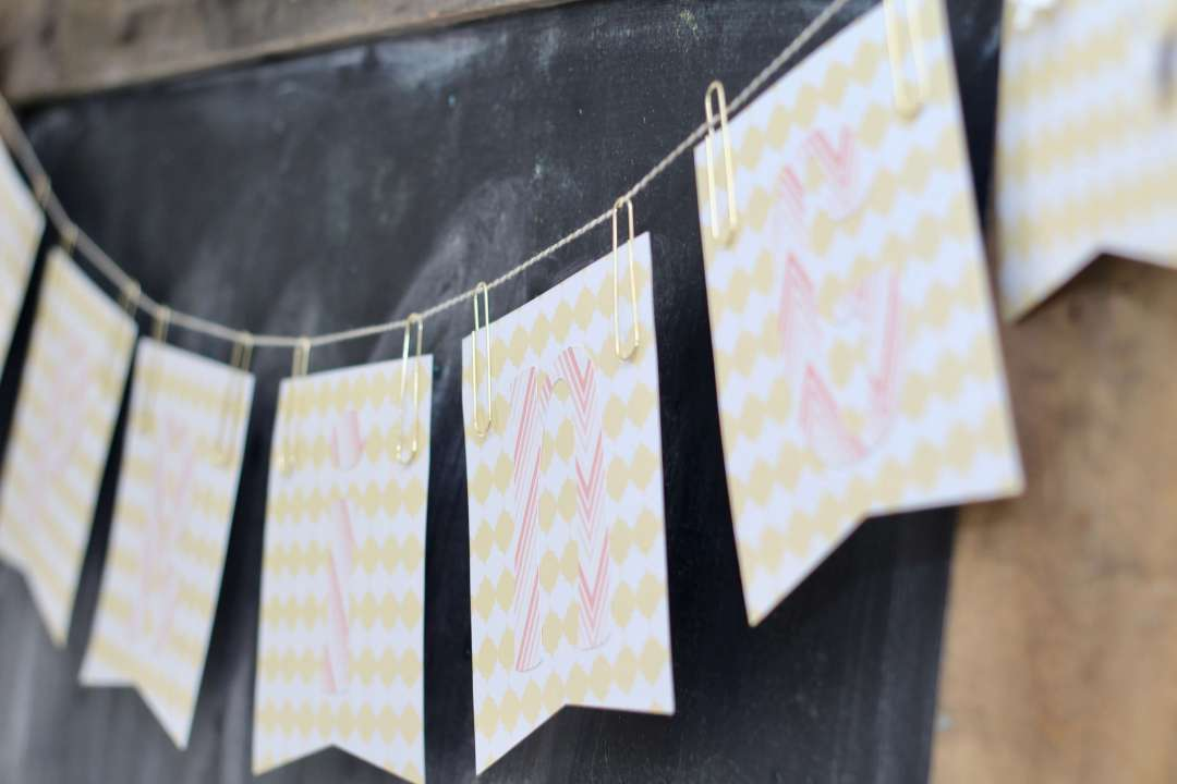 Everyday Party Magazine Simple Spring Banner