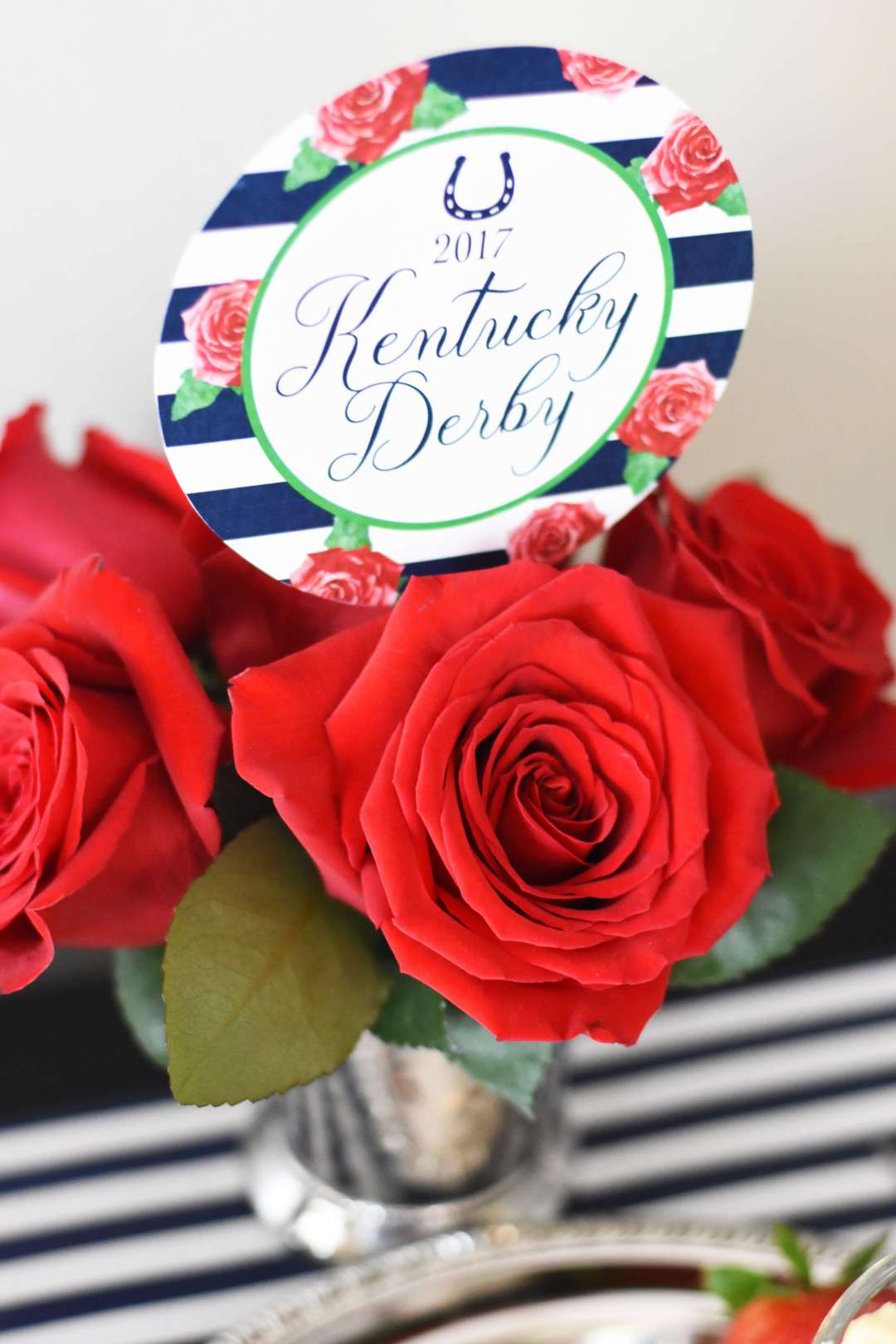 Everyday Party Magazine Derby Pie Cupcakes by Pineapple Paper Co.