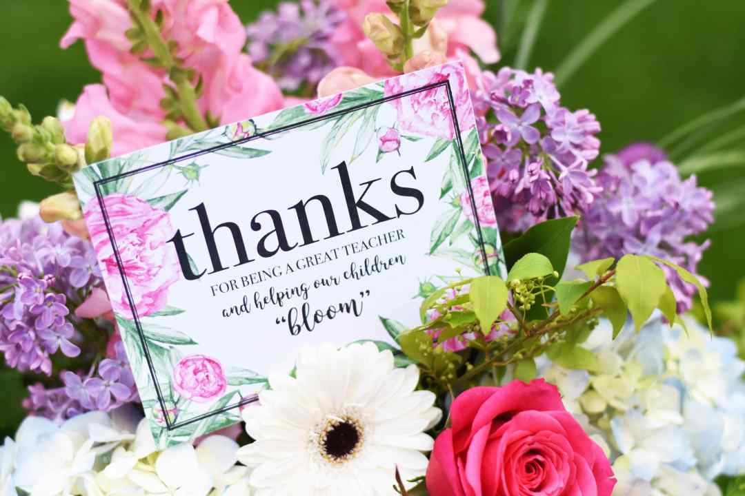 Floral Teacher Appreciation Printable Tag by Pineapple Paper Co. for Everyday Party Magazine