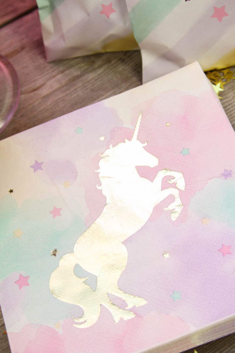 Everyday Party Magazine Magical Unicorn Party, Sparkling Unicorn, Magical Unicorn, Unicorn Fantasy, Enchanted Unicorn, Pastel Unicorn, Unicorn Party, Everyday Party Magazine