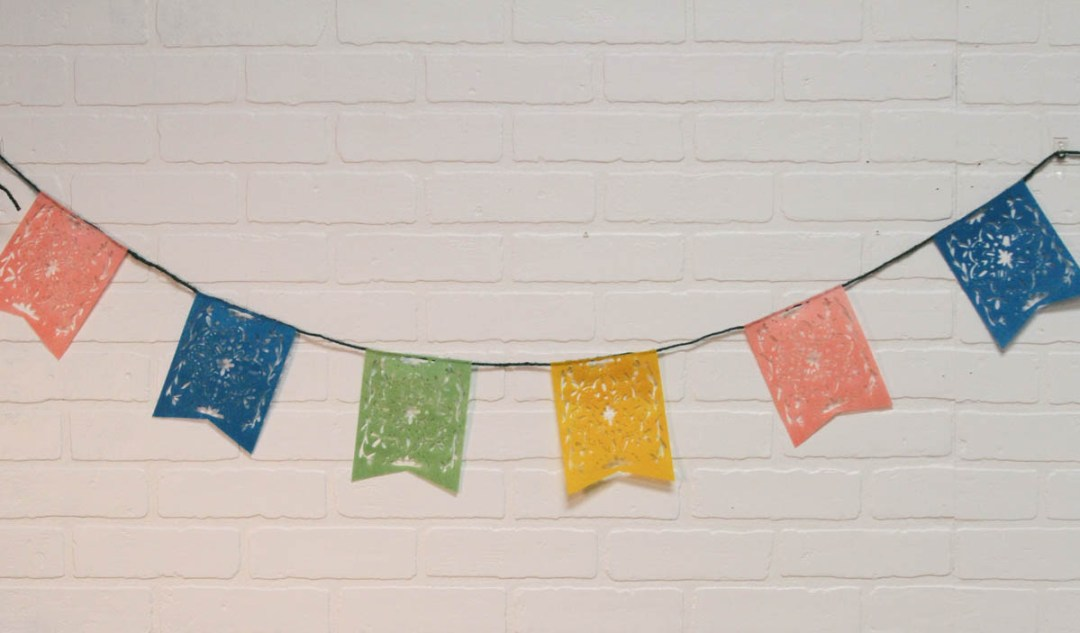Everyday Party Magazine DIY Cinco De Mayo Picado Banner #CincoDeMayo #PicadoBanner #CricutMade #DIY