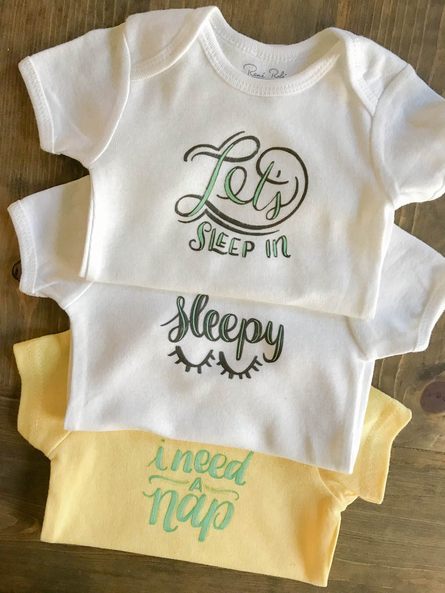 Everyday Party Magazine Simple Infant Onesies #BabyShower #DIYGift #CricutMade