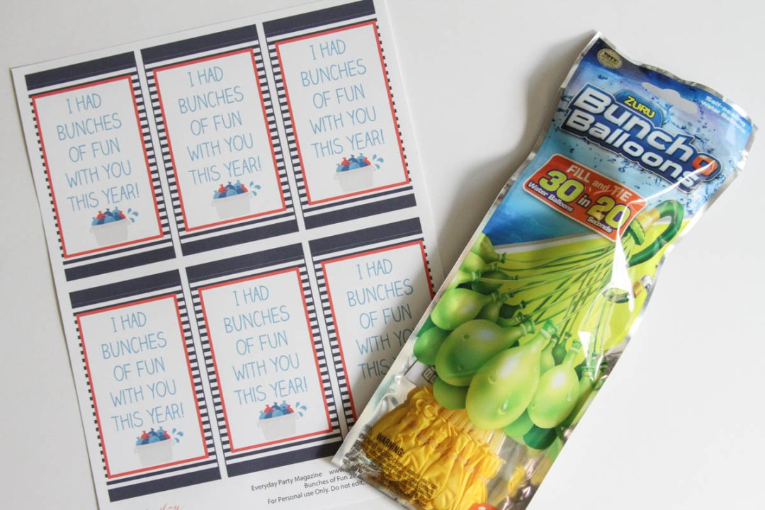 Everyday Party Magazine Simple End of the Year Class Gift Idea #WaterBalloon #SummerFun #FreePrintables #ClassTreat