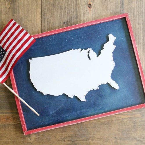 Everyday Party Magazine Americana Sign DIY #CricutMade #Americana #FourthofJuly #Basswood #Maker