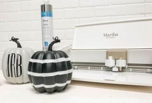 Make this darling monogrammed pumpkin in just a few minutes with the Cricut Martha Stewart Explore Air 2 #Pumpkin #DIY #Monograms