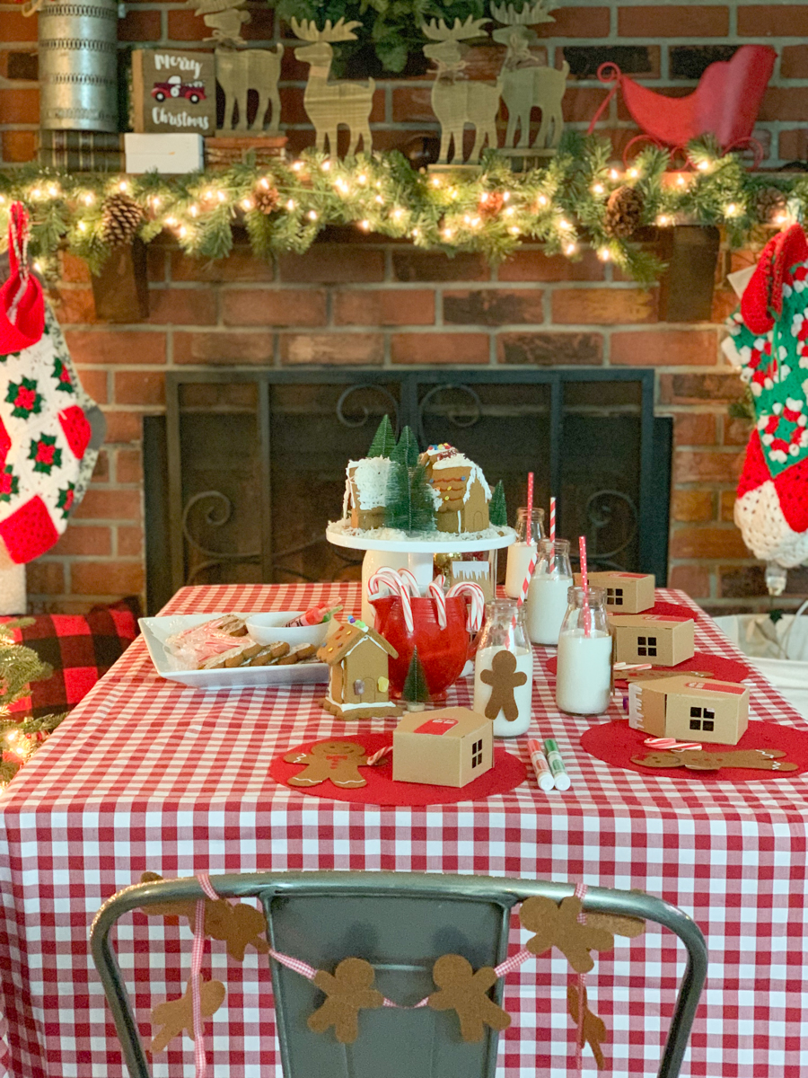 Gingerbread Party Table