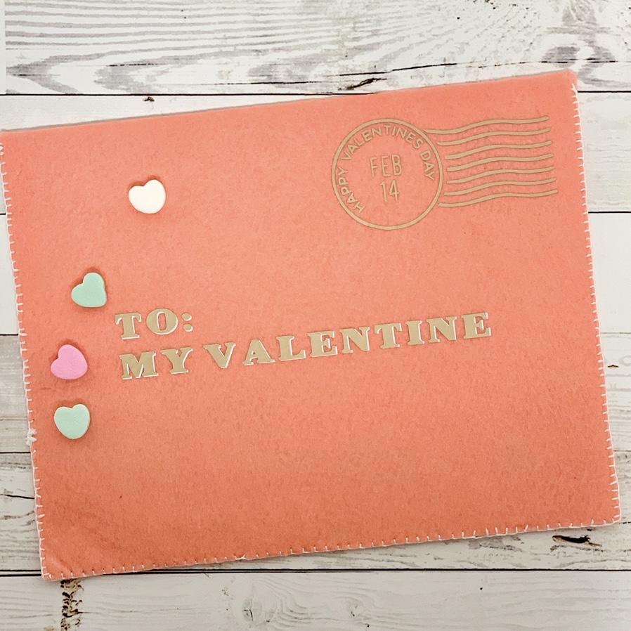 Felt-Valentines-Day-Envelope
