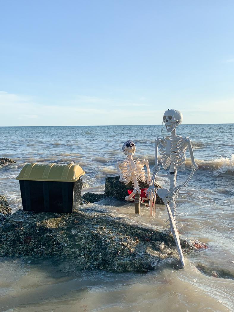 Mermaid Skeleton Pirate Skeleton Beach