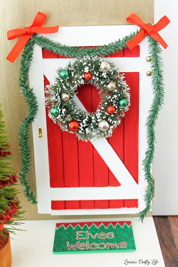 Elf on the Shelf Door