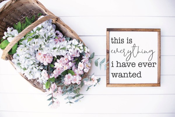 Flower Basket Farmhouse Sign