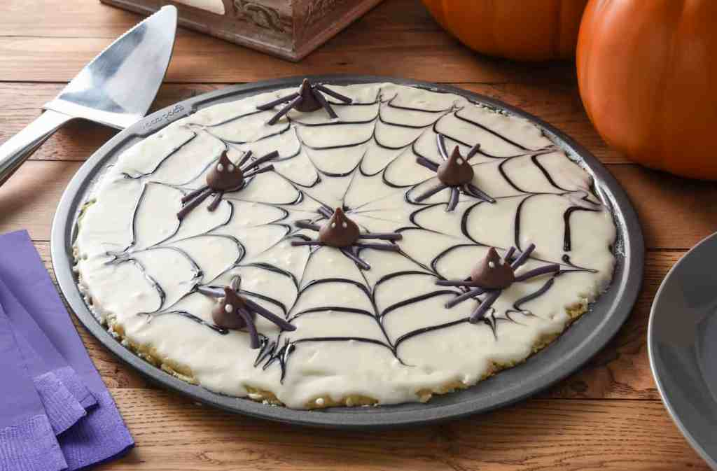 Spider Cookie Pizza