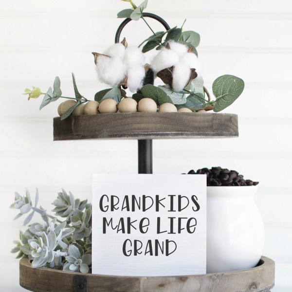 Teared Tray Grandparent Sign