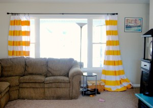 Painted Curtains :: EverydaySmallThings.com