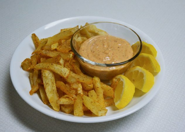 Air-fryer french fries and remoulade sauce recipe from Everyday Teacher Style: easy and delicious