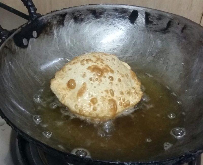 Fry on medium heat.