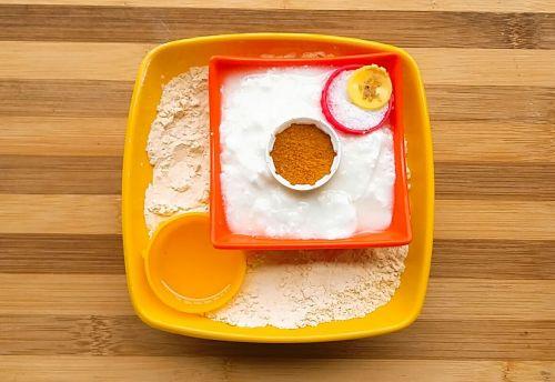 Ingredients for making pitod