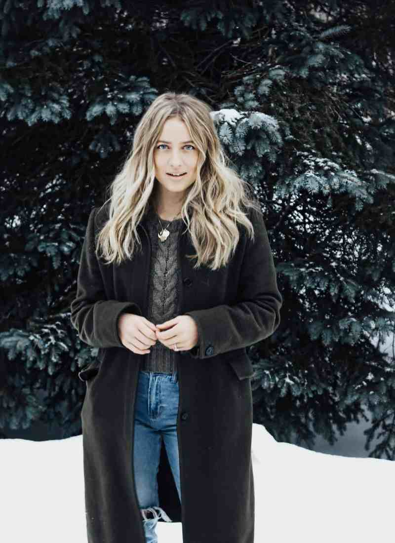 Discover New Ways to Combat Your Dry Hair & Skin This Winter