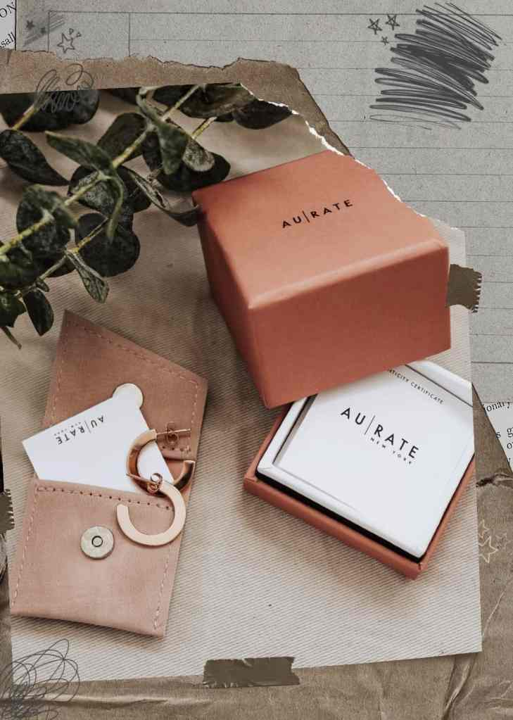 I'm sharing a productivity method called 3 Things - focus on 3 things weekly to help bring upon feelings of accomplishment + a giveaway with AUrate jewelry!