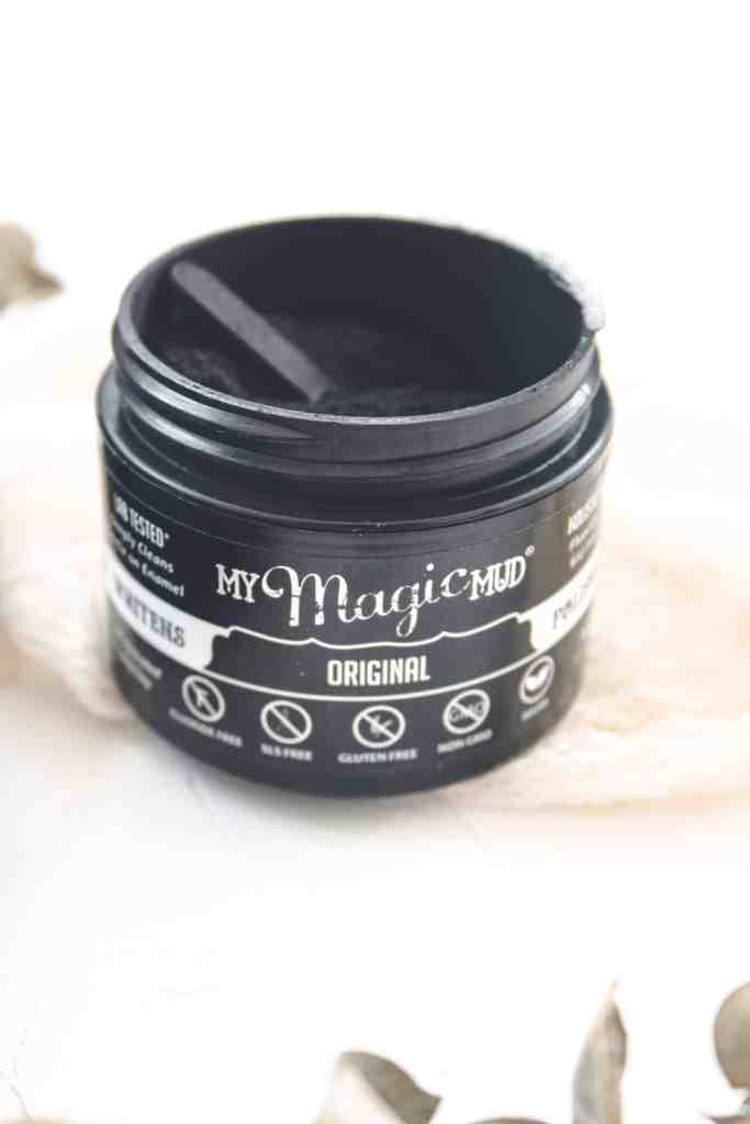 My Magic Mud offers a perfect solution for an all-natural, fluoride free option for at-home teeth whitening. Great for sensitive teeth & cavities too!