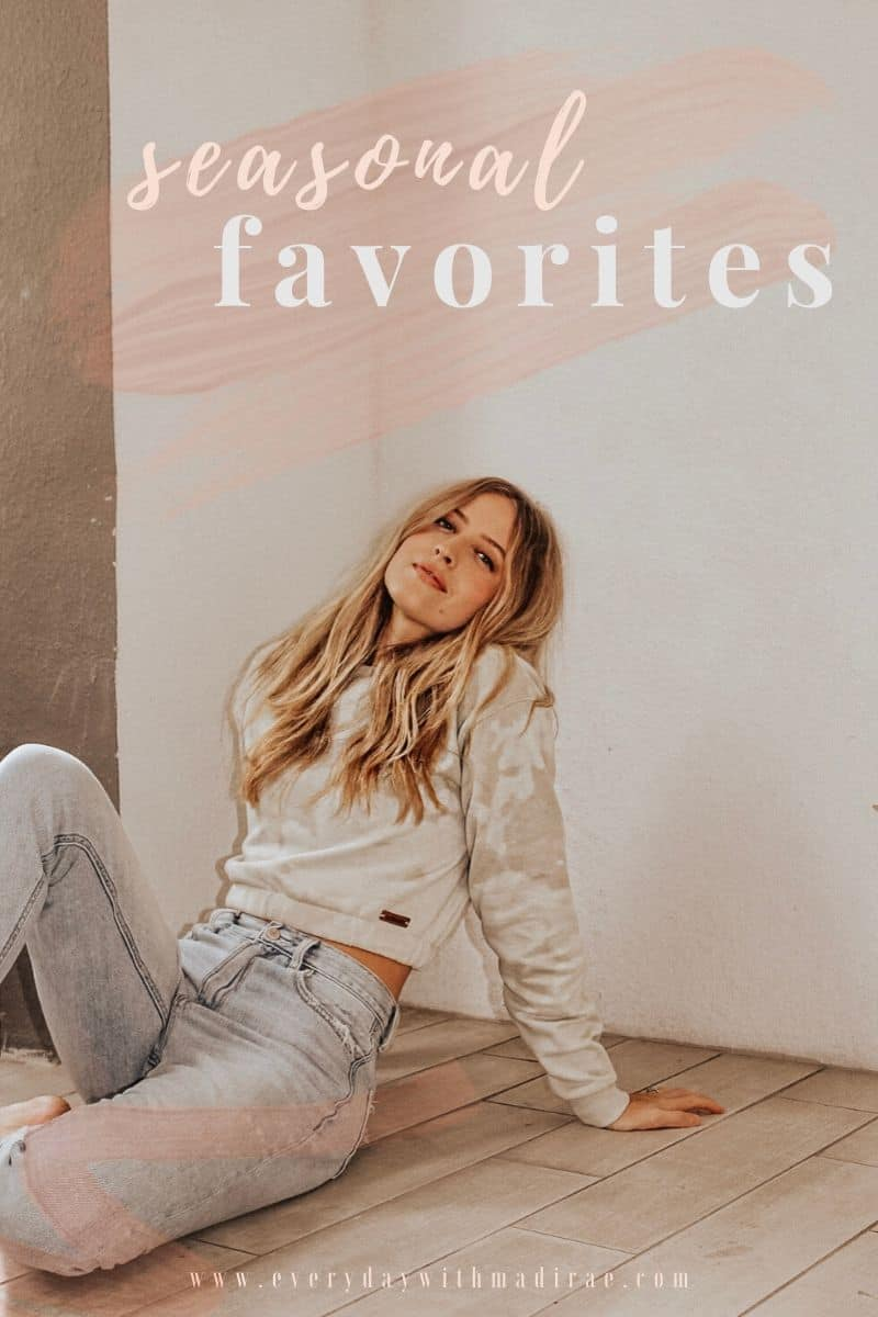 Sharing some 2020 Seasonal Favorites! Including clean beauty must haves, cozy fashion finds, podcasts, articles, health & wellness items, & MORE!