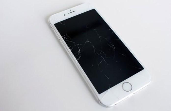 phone-screen-cracked