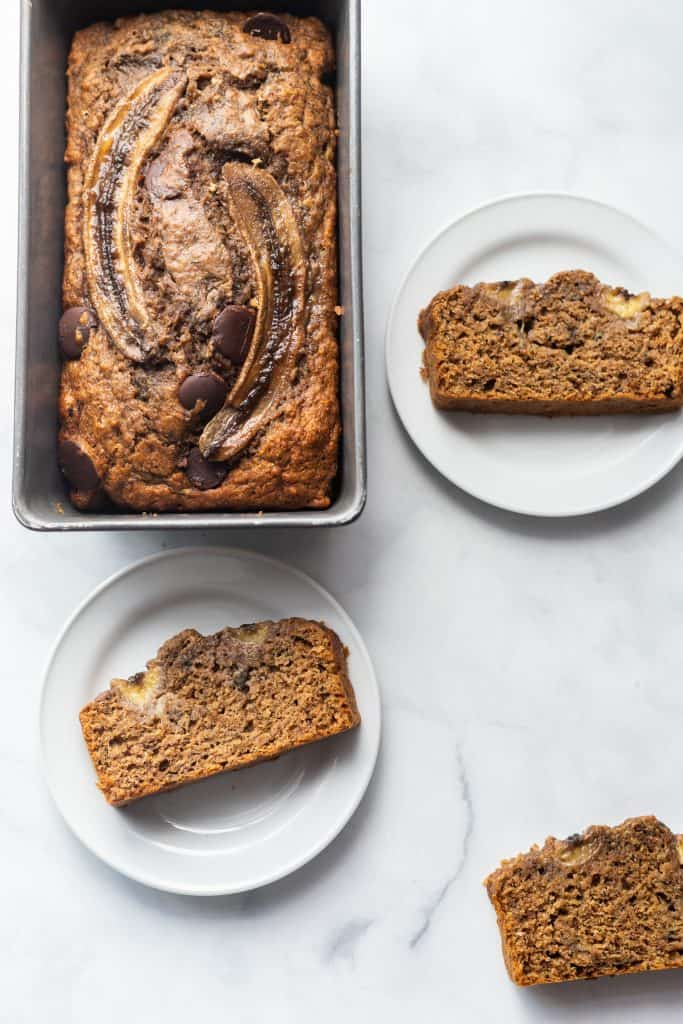 Healthy Easy Skinny Banana Bread that tastes like the real deal