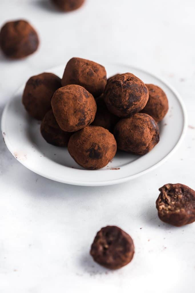 Healthy and decadent nutty chocolate date truffles made with no added sugar
