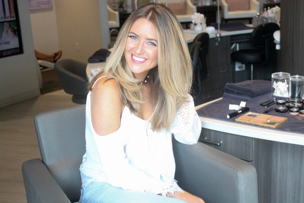 Amber from every once in a style with a fresh blow out from Ella Bliss beauty bar