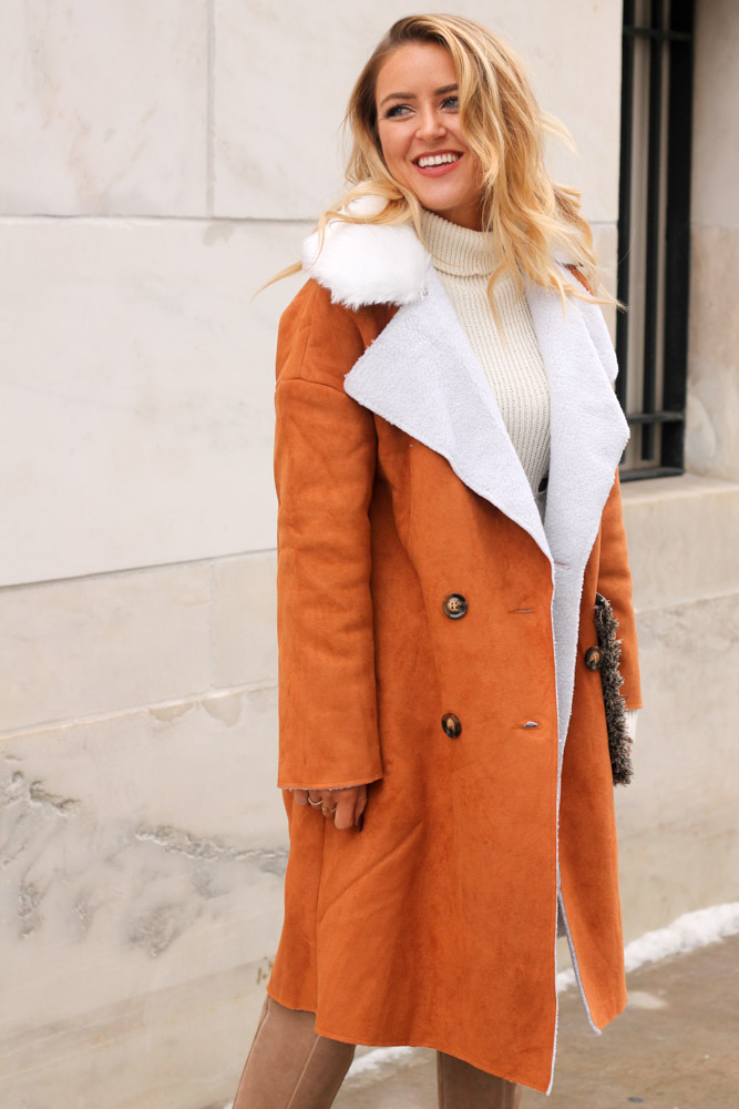amber from everyonceinastyle wearing a shearling coat from make me chic