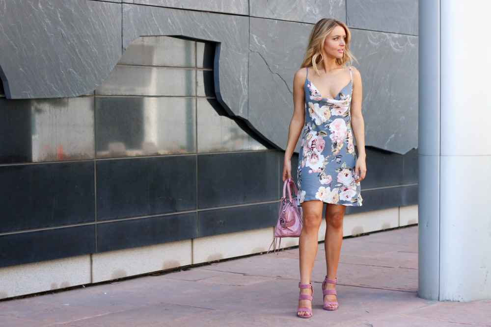 Amber from Every Once in a Style is wearing || Privacy Please Floral Print Dress