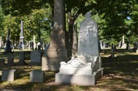 gravestone-like-bed-fix