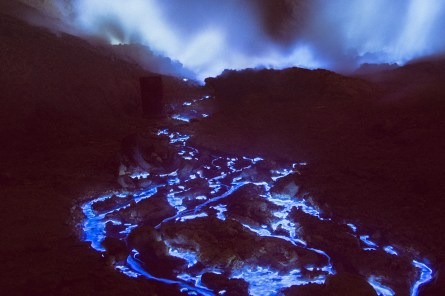 blue-volcano-02