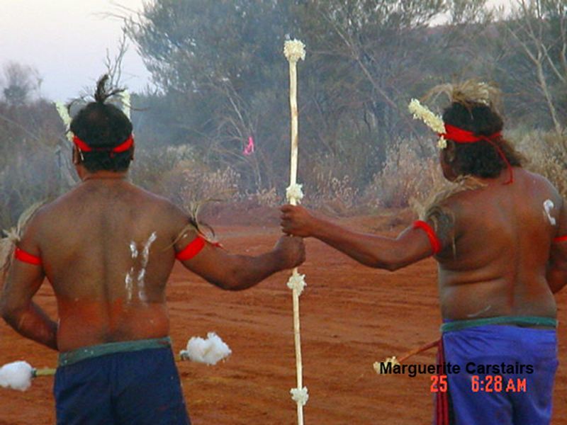 Corroboree at Newman in West Australia in 2003 (4/5)