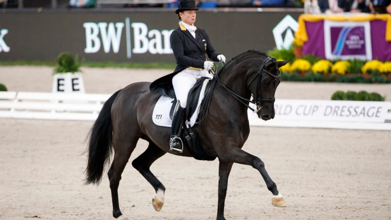 The world no. 1 partnership of Isabell Werth and Weihegold led a host-nation whitewash at the third leg of the FEI World Cup™ Dressage 2016/2017 Western European League in Stuttgart, Germany today. (Stefan Lafrentz/FEI)