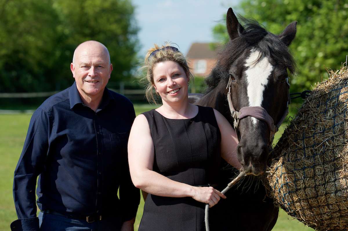 Scunthorpe entrepreneur launches equine psychotherapy business following UKSE investment