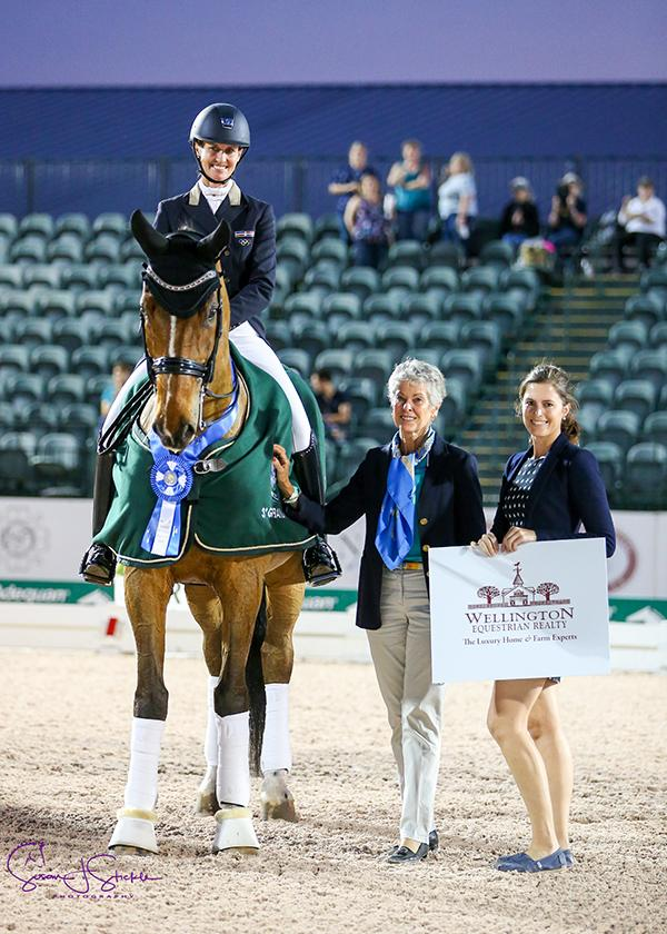 Yvonne Losos de Muñiz with the Australian judge from C, Susan Hoevenaars, and Cora Causemann of AGDF on behalf of sponsors Wellington Equestrian Realty.