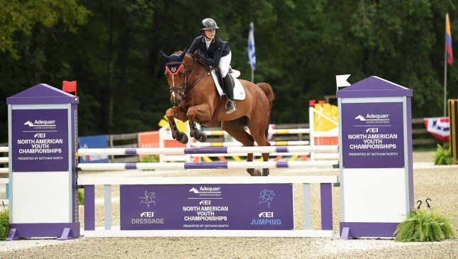 Olivia Stephenson (CAN) rides Chaccana to secure team gold with a perfect score of 0 at the inaugural USHJA North American Child Rider Show Jumping Team Championship at the FEI North American Youth Championships, North Salem (USA). (FEI/SELPhotography)