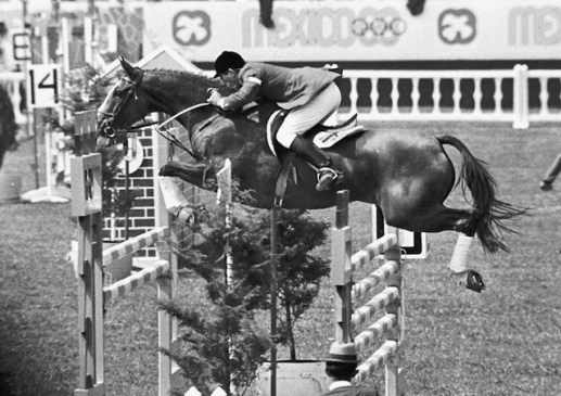 Great Britain's David Broome and Mister Softee on their way to individual bronze at the Olympic Games in Mexico in 1968. (FEI archive)