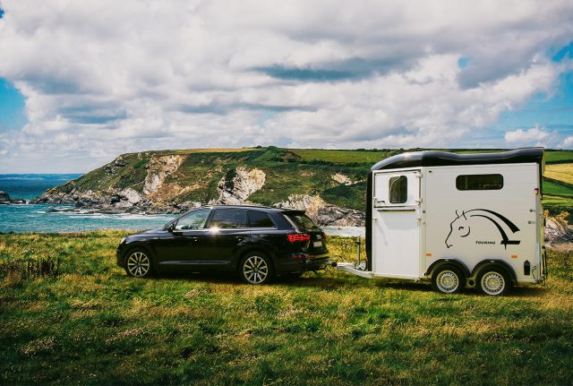 Cheval Liberté Touring Country with Built-in Tack Room Fits the Bill