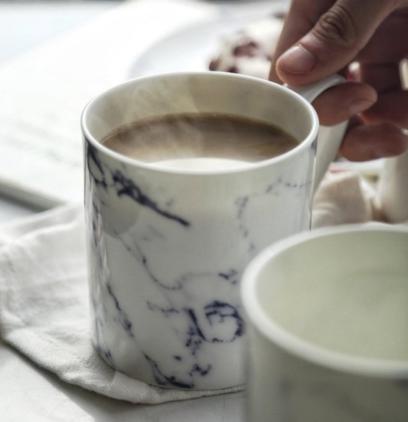 Marbling ceramic mug by Ly-land