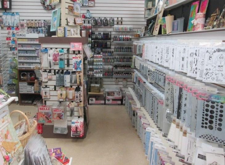 Mixed-Media-Store