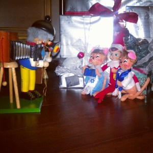 "Lisa's Elf ""Busta"" haveing fun with his Hanukkah Mice friends while the Nutcracker takes their photo."